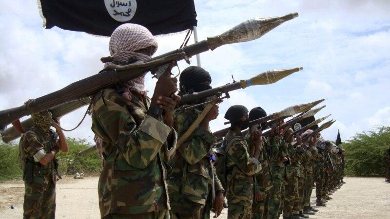 Al Šabab preuzeo odgovornost za napad na vojnu bazu u Somaliji