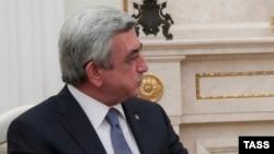 Gрезидент Армении Серж Саргсян на встрече с президентом России Владимиром Путиным вМоскве, 10 августа 2016 г.