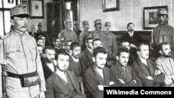Gavrilo Princip sa drugim pripadnicima Mlade Bosne na suđenju