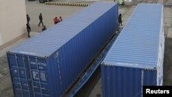 Жорий йилнинг 6 ойи давомида Урумчи аэропортидан хорижга 73500 тонна юк жўнатилган.