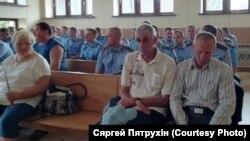 У судзе над старшым участковым інспэктарам Кобрынскага РАУС Сяргеем Куляшовым