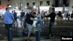 Pamje nga përleshjet në Marsejë