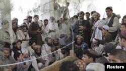Погребна церемоинија за Ахмад Вали Карзаи
