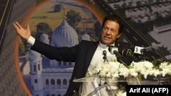 د پاکستان حکومت وايي وزیراعظم عمران خان د جنورۍ پر ۱۳مه د مومندو ډیم کار پیلولو پرانیسته کوي