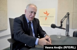 U organizaciji koja se zove Srpska napredna stranka svi su povezani privatnim interesima: Dušan Teodorović