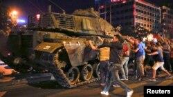 Обидот за државен удар во Турција во јули 2016