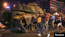 Türkiyədə hərbi çevriliş