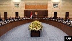 Foto nga një mbledhje e Qeverisë së Sirisë në Damask