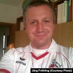 Ёрг Фролінг у майцы ФК «Кёльн»