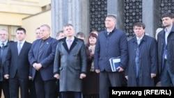 Відкриття меморіальної дошки в Сімферополі, присвяченої подіям 26 лютого 2014 року