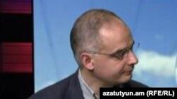 Լևոն Զուրաբյանը «Ազատության» ստուդիայում, արխիվ