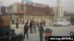 Сили безпеки Афганістану на місці вибуху, 21 листопада 2016 року