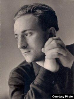 Анатоль Сербантовіч. 1966 г. (БДАМЛМ. Ф. 248, воп. 1, адз. зах. 148, арк. 2).