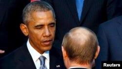 Obama dhe Putin - foto arkivi