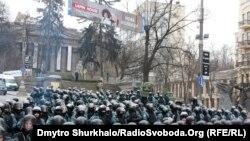 Силовики на вулиці Грушевського у Києві, 21 січня 2014 року
