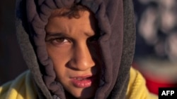 کودک پناهجو در مرز یونان و مقدونیه