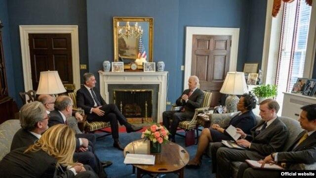 Milo Đukanović i Joseph Biden tokom razgovora u Bijeloj kući