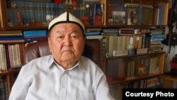 Профессор Карпек Курманов. Бишкек. 2-май, 2012