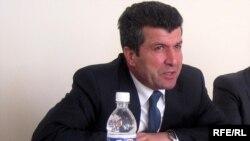 Ə.Əliyev
