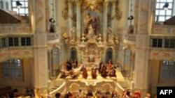 Церковное благолепие отнюдь не равнозначно для немцев религиозному экстазу
