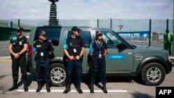 Сотрудники службы Европейской пограничной и береговой охраны