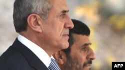 میشل سلیمان، رییسجمهوری لبنان در دیدار با محمود احمدی نژاد، همتای ایرانی خود.