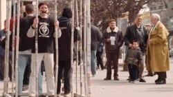 Продолжение политики: сербы свергали Милошевича 3 месяца и 3 года