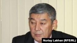 Главный специалист департамента экологии акимата Алматы Талгат Камбетов. Алматы, 29 октября 2014 года.