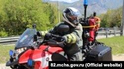 Спасатель на мотоцикле «Карасир»