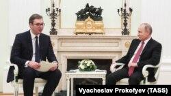 Prošlogodišnji susret Vladimir Putina i Aleksandra Vučića u Kremlju