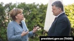 Анґела Меркель і Петро Порошенко