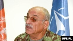 شیر محمد کریمی یکی از این آگاهان و لوی درستیز پیشین قوای مسلح افغانستان