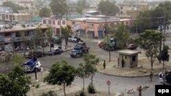 Pamje e vendit ku është kryer sulmi vetëvrasës në Kabul