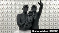 """Инсталляция Ли Вана """"Точное время"""" в корейском павильоне"""