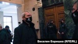 """Лидерът на """"Възраждане"""" Костадин Костадинов в Софийския градски съд"""