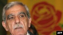 Թուրքիայում կասեցված «Դեմոկրատական հանրության կուսակցության» առաջնորդ Ահմեդ Թյուրք