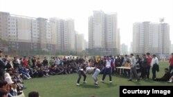 Түштүк Кореядагы кыргыздар майрамдарда чогулуп спорттук иш-чараларды өтөкрүп турушат.