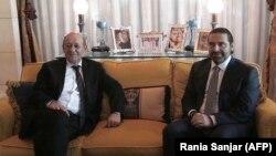 Францускиот министер за надворешни работи Жан-ив Ле Дриан денеска се сретна со либанскиот премиер Саад Харири во неговиот дом во Ријад