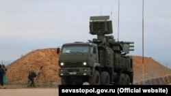 Российский комплекс С-400 «Триумф», который ранее разместили в Севастополе