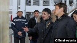 Сапар Исаков Бишкек Жылуулук борборунда. 27-январь, 2018-жыл.