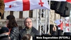 Ґріґол Вашадзе під час акції опозиції, Тбілісі, 2 грудня 2018 року