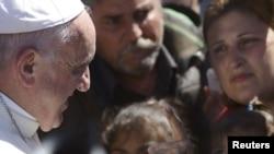 Papa sa migrantima