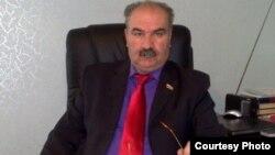 Позавчера Верховый суд Южной Осетии признал незаконной процедуру вынесения вотума недоверия спикеру Станиславу Кочиеву в связи с тем, что постановление о недоверии было принято в его отсутствие, т.е. с нарушением процедуры