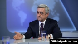 Президент Армении Серж Саргсян дает интервью Общественной телекомпании, Ереван, 17 июня, 2014 г․