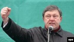 Не исключено, что теперь Явлинский уйдет в тень, освободив место для преемника