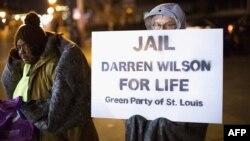 ԱՄՆ - Ոստիկան Դարեն Ուլիսոնին պատասխանատվության ենթարկելու պահանջով ցույց Միսսուրի նահանգի Ֆերգյուսոն քաղաքում, 17-ը նոյեմբերի, 2014թ․