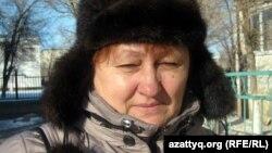 Қала тұрғындарының бірі Людмила Штеклер. Ақтөбе, 27 қаңтар 2012 жыл.