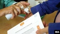 Votim gjatë raundit të balotazhint në zgjedhjet lokale në Maqedoni