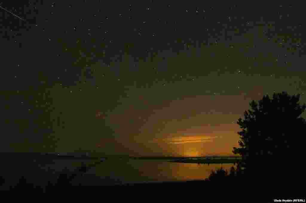 Зьнічка над возерам Чарсьвяцкім у Віцебскай вобласьці некалькі дзён таму