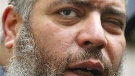 Muslim cleric Mustafa Kamal Mustafa, also known as Abu Hamza al-Masri, in a 2003 photo